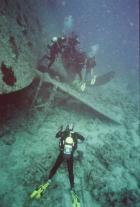 Eesti sukeldujad Thistlegormi vraki sõukruvil poseerimas