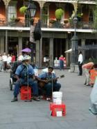 Selles linnas sündis jazz. Vanalinn on täis proffe tänavamuusikuid.