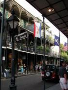 Pitsilised rõdud on pärit linna asutajatest, põhjast sisserännanud prantslastest.
