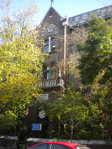Dominik Panzio, Budapest, Ungari